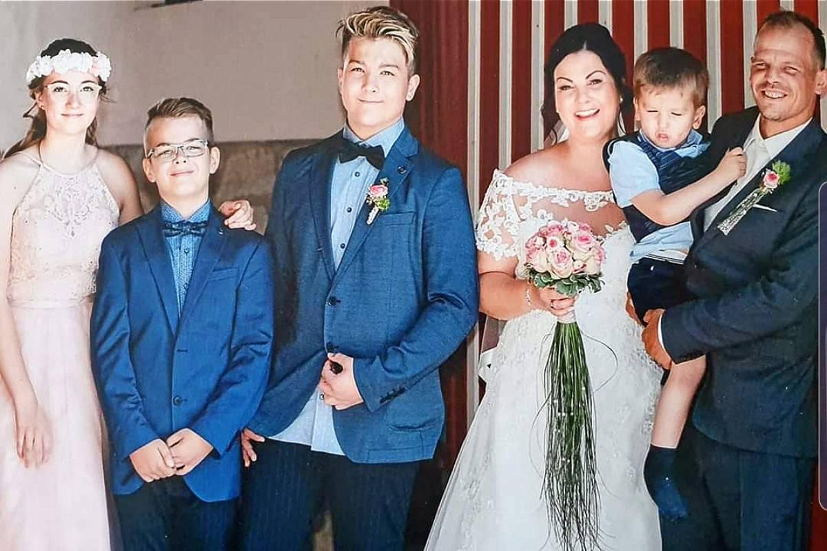 Eichsfelder Paar Bei Vox Sendung 4 Hochzeiten Und Eine