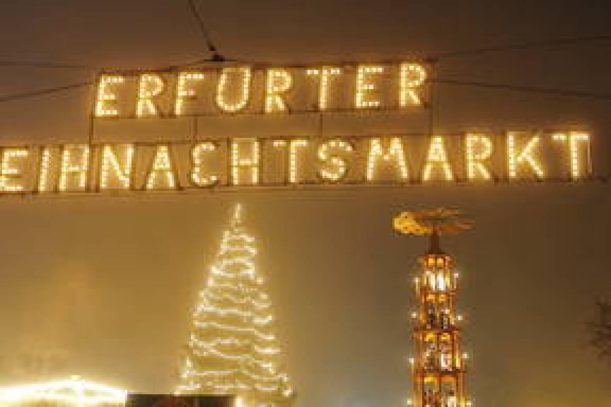 Was Kostet Glühwein Auf Dem Weihnachtsmarkt 2019.Mandeln Glühwein Und Co Was Kostet Der Weihnachtsmarkt In Erfurt
