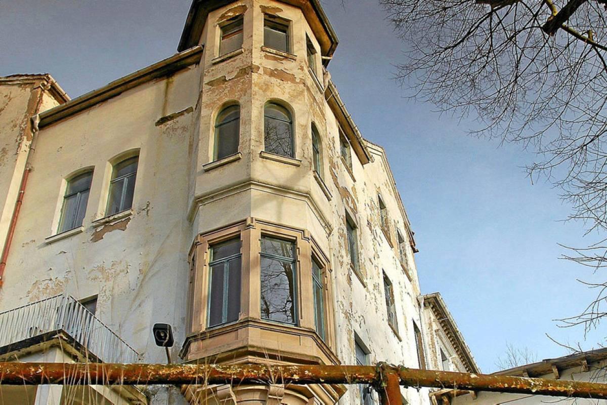 Das Einstige Hotel Furstenhof In Eisenach Verfallt Weiter