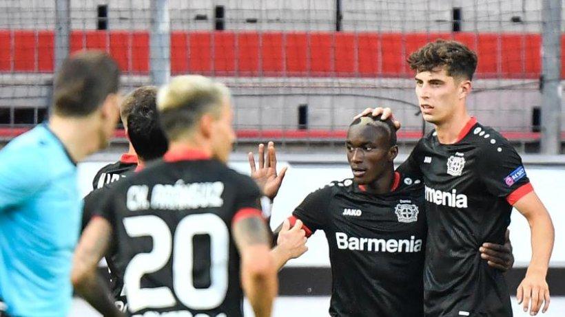 Bayer Leverkusen nach 1:0 gegen Glasgow im Viertelfinale