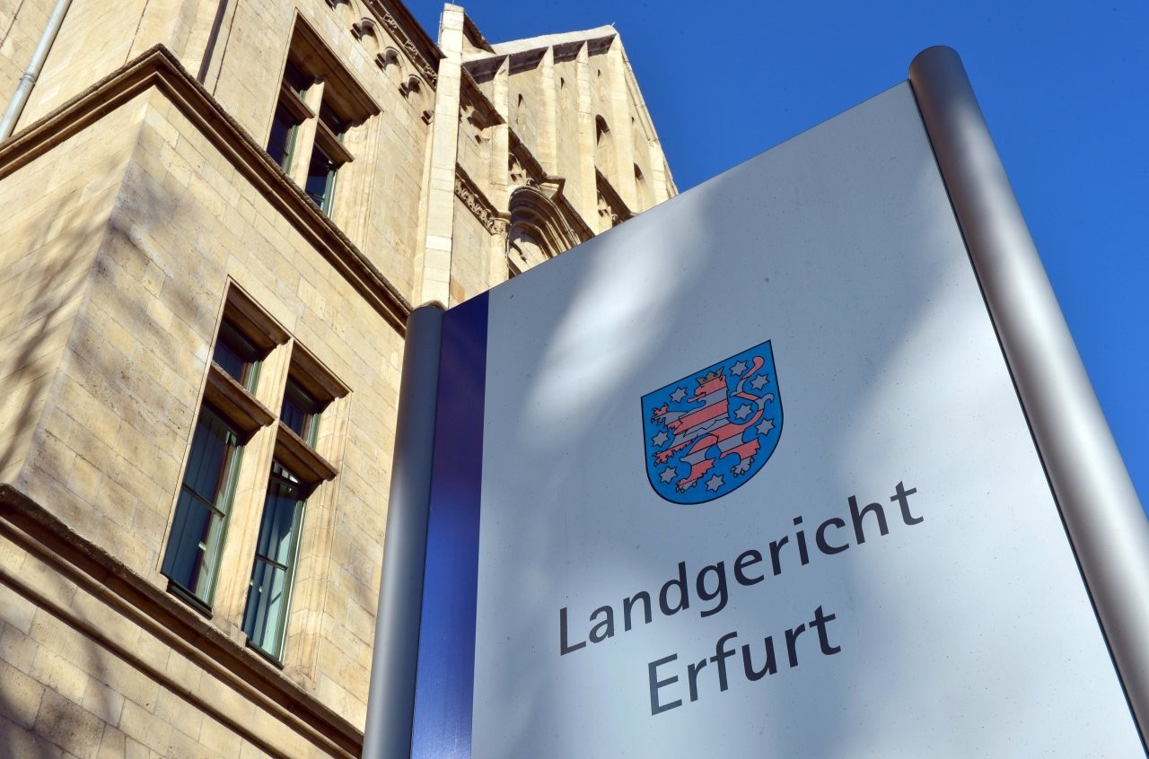 Der 49-Jährige muss sich vor dem Landgericht Erfurt verantworten.