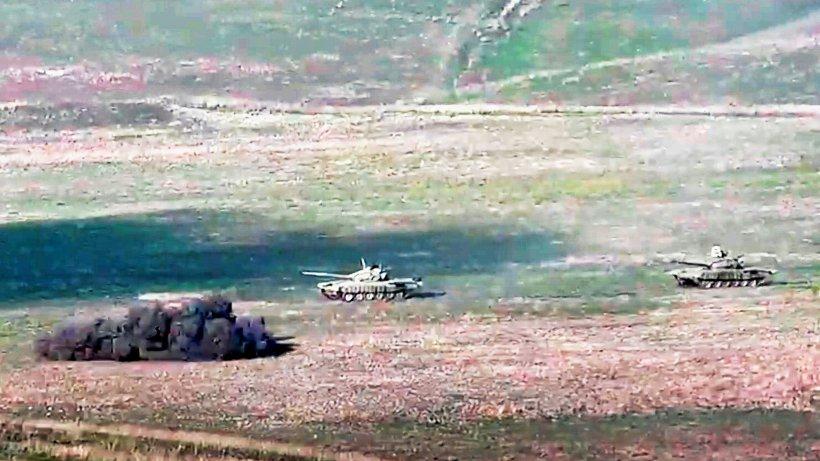 Armenien ruft nach schweren Gefechten in Bergkarabach Kriegszustand...