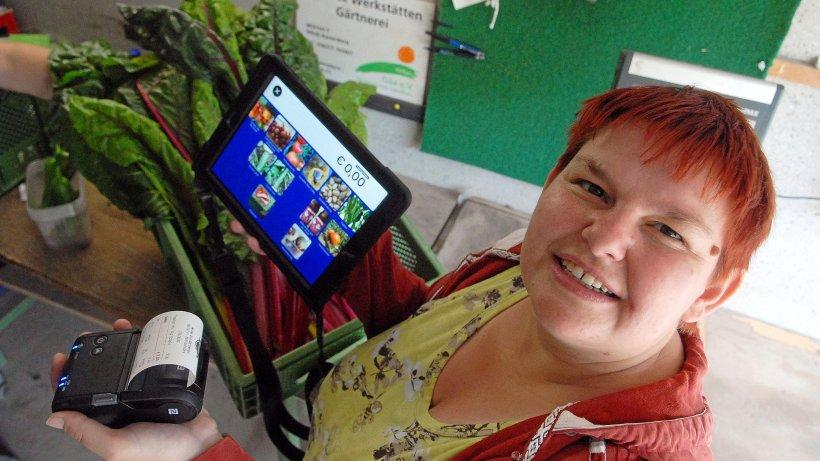Thüringen hilft: Wie eine digitale Kasse der 33-jährigen Marianne die Arbeit erleichtert